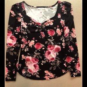 FINAL PRICE!  Floral Long-Sleeve Top